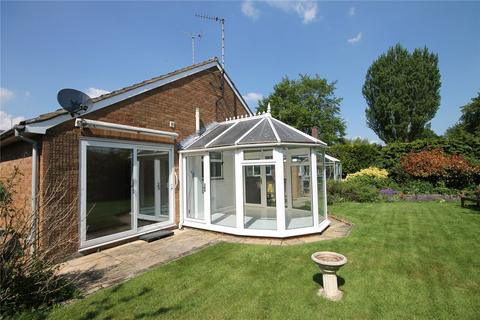 2 bedroom detached bungalow to rent - Moat Lane, Melbourn, Royston, Hertfordshire, SG8
