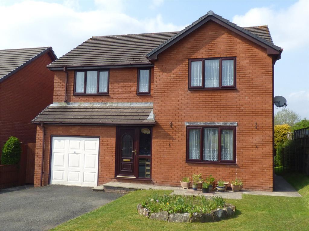 4 Bedrooms Detached House for sale in Goylands Close, Llandrindod Wells, Powys