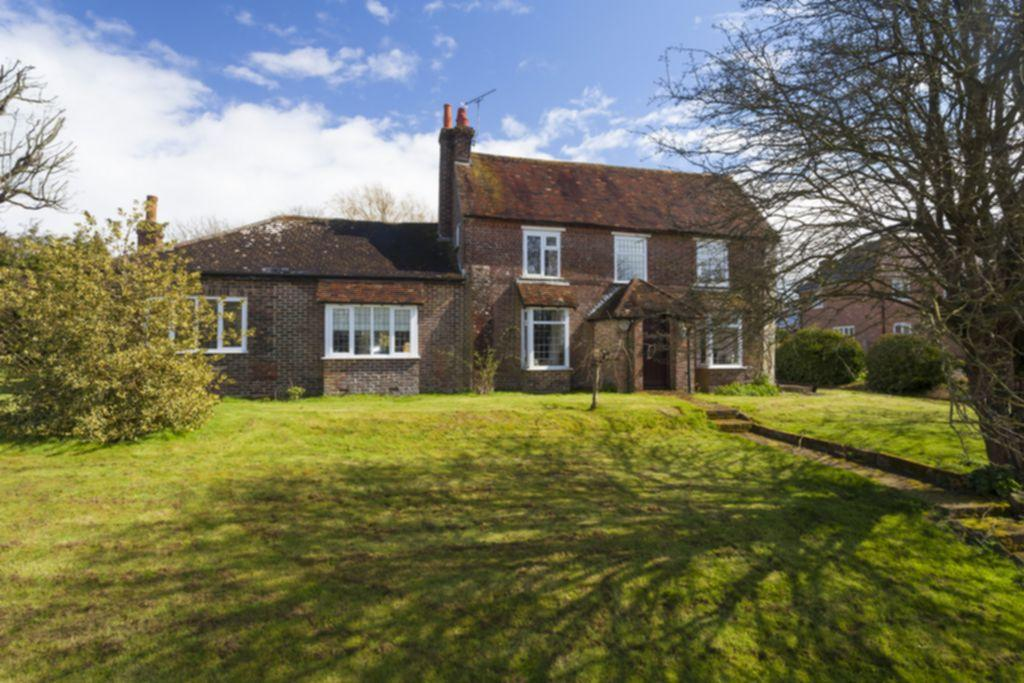 4 Bedrooms Detached House for sale in The Street, Postling, CT21