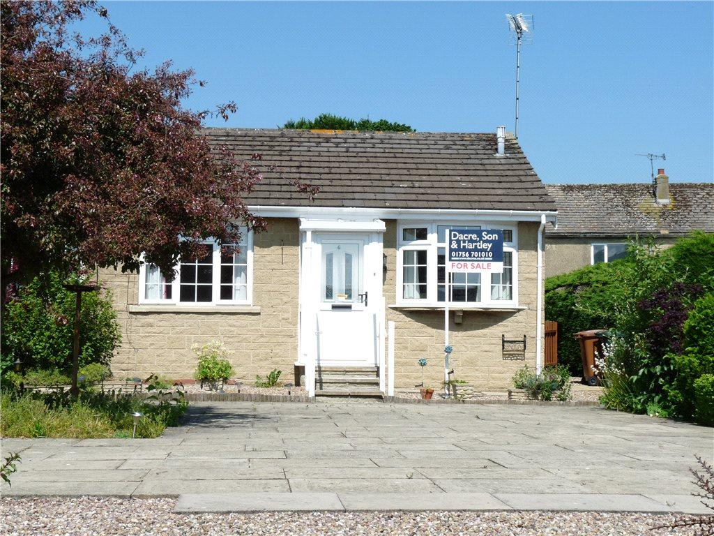1 Bedroom Bungalow for sale in Raines Drive, Bradley, Keighley, North Yorkshire