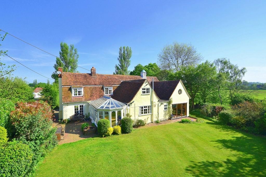 5 Bedrooms Detached House for sale in Stebbing Green, Nr Great Dunmow
