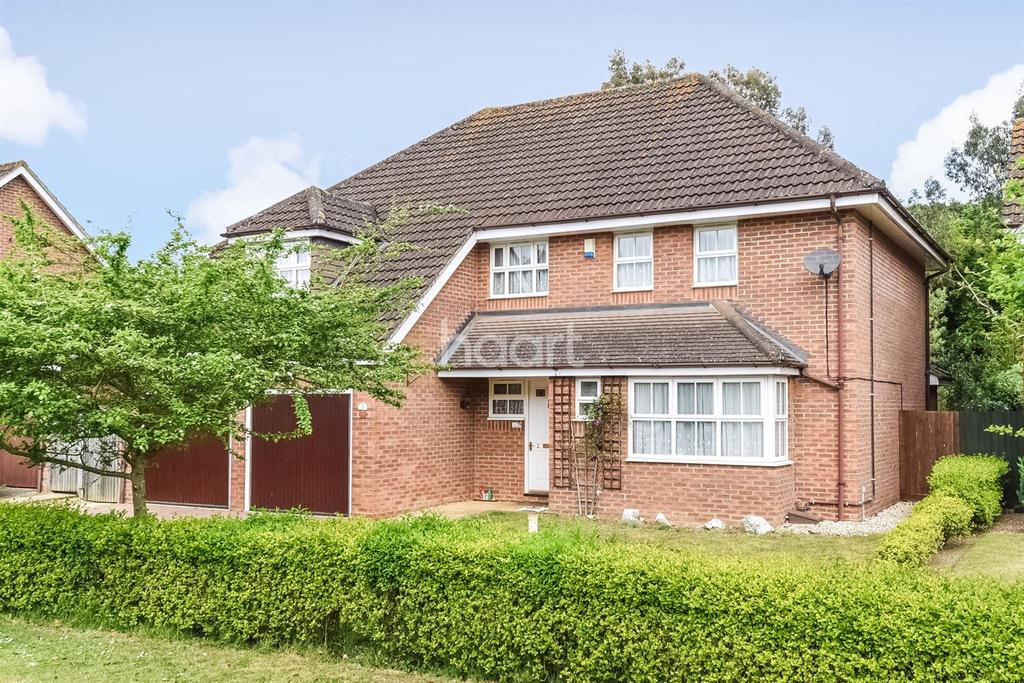 5 Bedrooms Detached House for sale in Harebell Close, Thetford