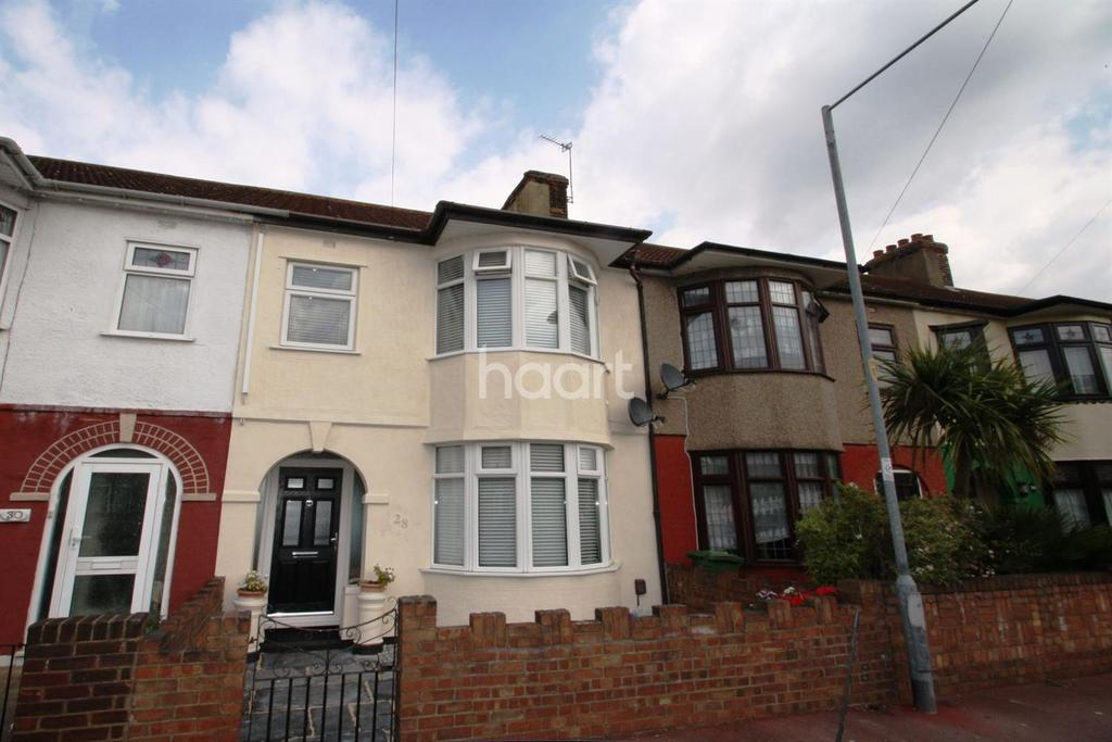 3 Bedrooms Terraced House for sale in Salisbury Road