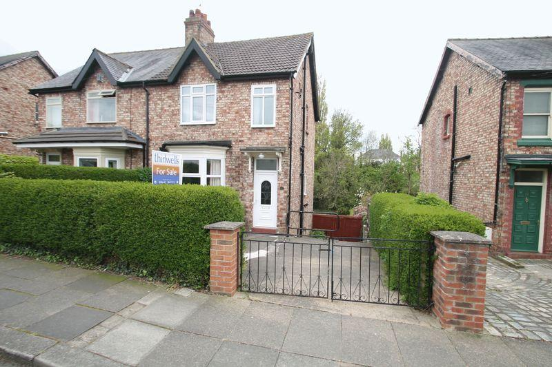 2 Bedrooms Semi Detached House for sale in Grange Avenue, Stockton-On-Tees