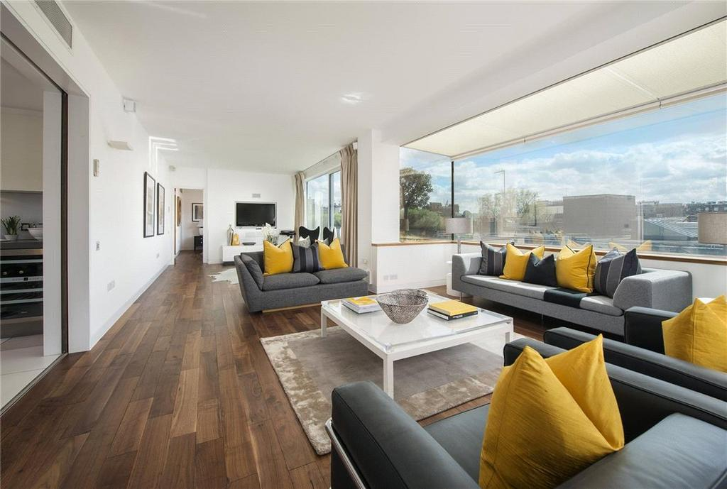 3 Bedrooms Penthouse Flat for sale in Clarges Street, Mayfair, London, W1J