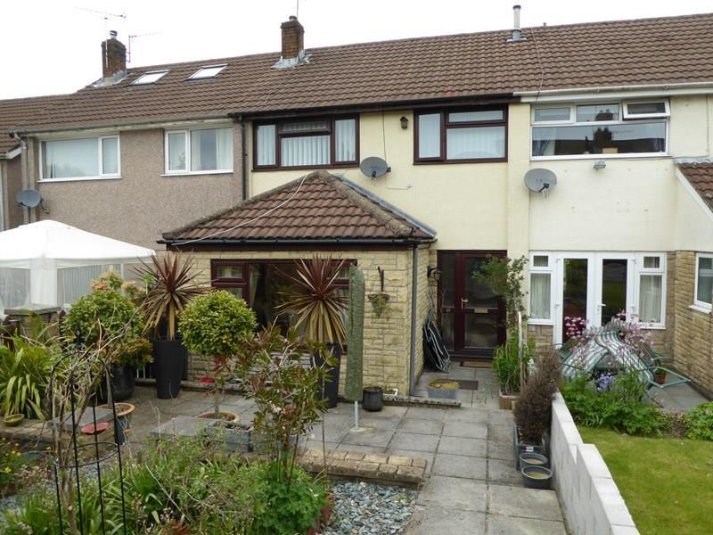 3 Bedrooms Terraced House for sale in St. Christophers Drive, Caerphilly