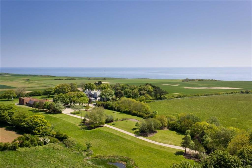 9 Bedrooms Detached House for sale in Highcliffe Manor, Southsea Road, Flamborough, East Yorkshire
