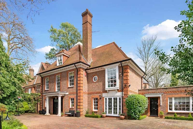 7 Bedrooms Detached House for sale in Maresfield Gardens, London, NW3