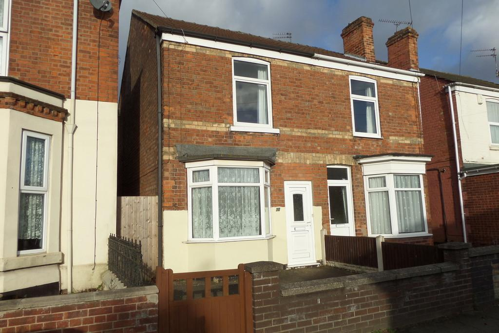 3 Bedrooms Semi Detached House for sale in North Warren Road, Gainsborough