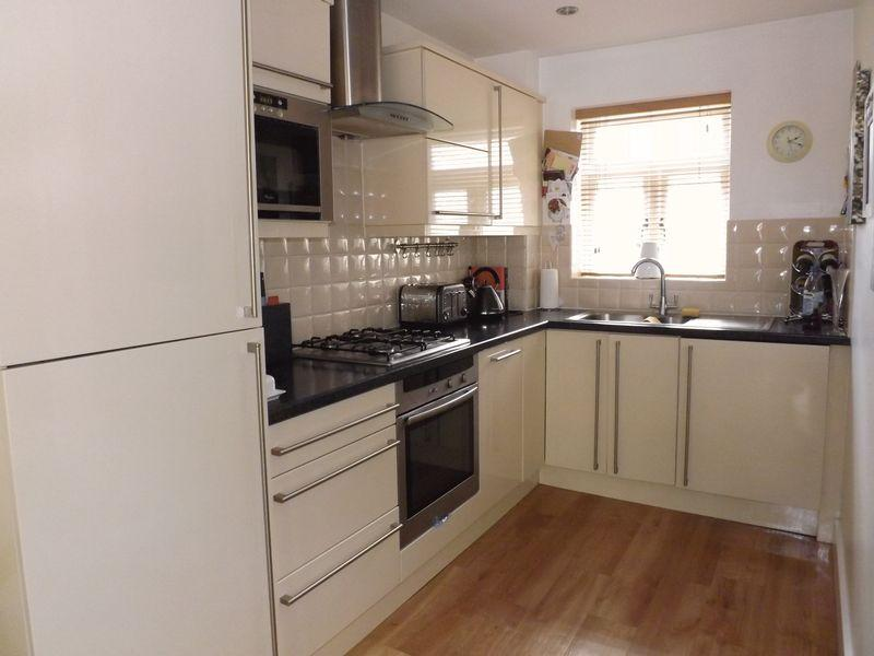 2 Bedrooms Mews House for sale in Beechtree Court, Yarm