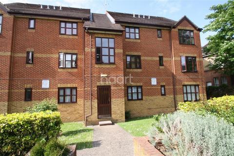 1 bedroom flat to rent - Cedar Gardens