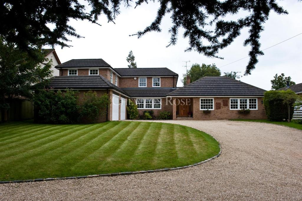 5 Bedrooms Detached House for sale in Rickmansworth, Hertfordshire
