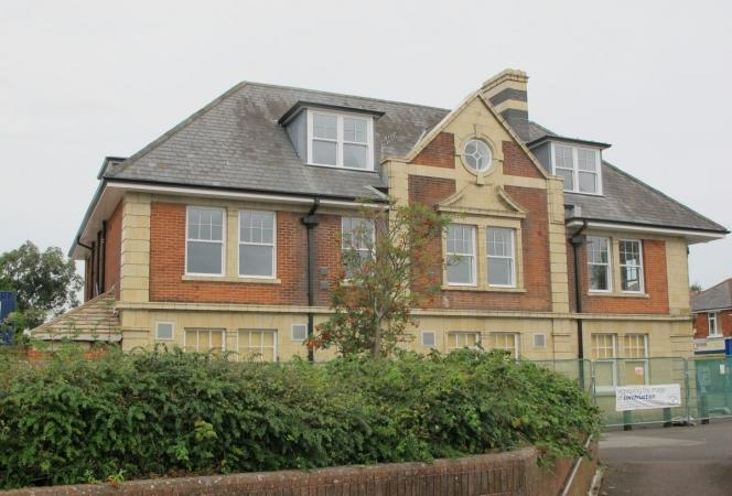 1 Bedroom Block Of Apartments Flat for sale in Bournemouth