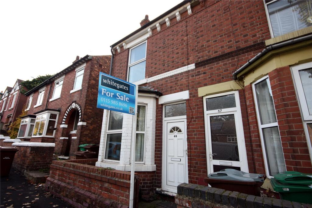 3 Bedrooms Semi Detached House for sale in Central Avenue, Basford, Nottingham, NG7