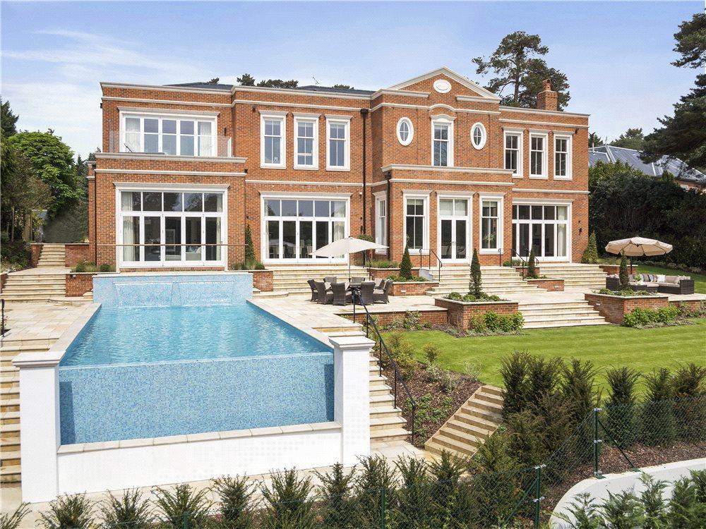 Brooks Close St George 39 S Hill Weybridge Surrey Kt13 5 Bed Detached House 7 500 000