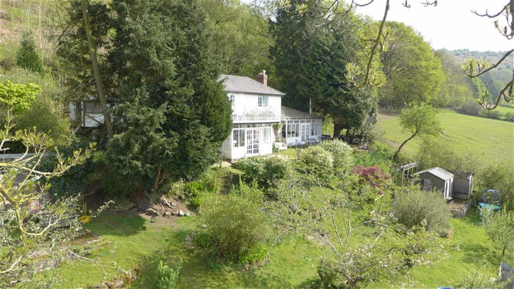 4 Bedrooms Detached House for sale in Clunbury, Nr Craven Arms, Shropshire