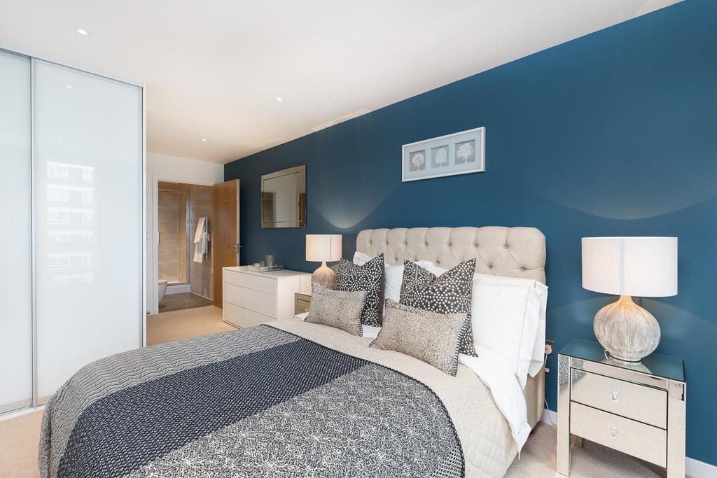 1 Bedroom Flat for sale in Goldhawk Road, London, W12