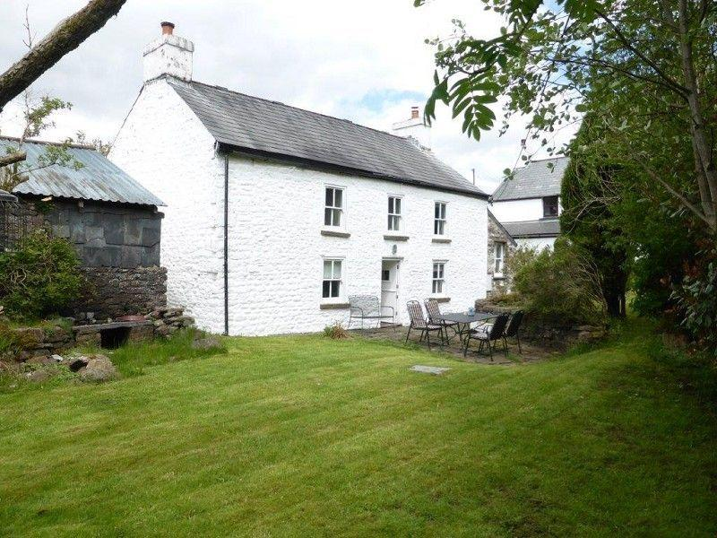 2 Bedrooms Detached House for sale in Ystradfellte, Powys .