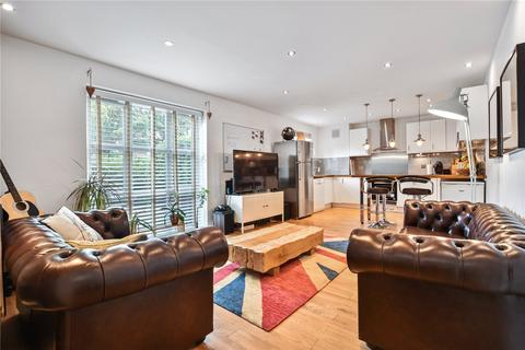 3 bedroom flat for sale - Alphabet Square, Bow, London, E3