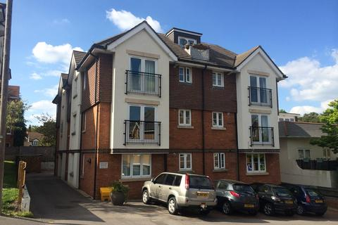 2 bedroom flat to rent - Earle Road