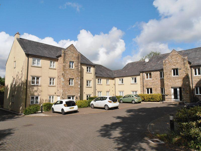 3 Bedrooms Apartment Flat for sale in 7 Maple Close, Sedbergh