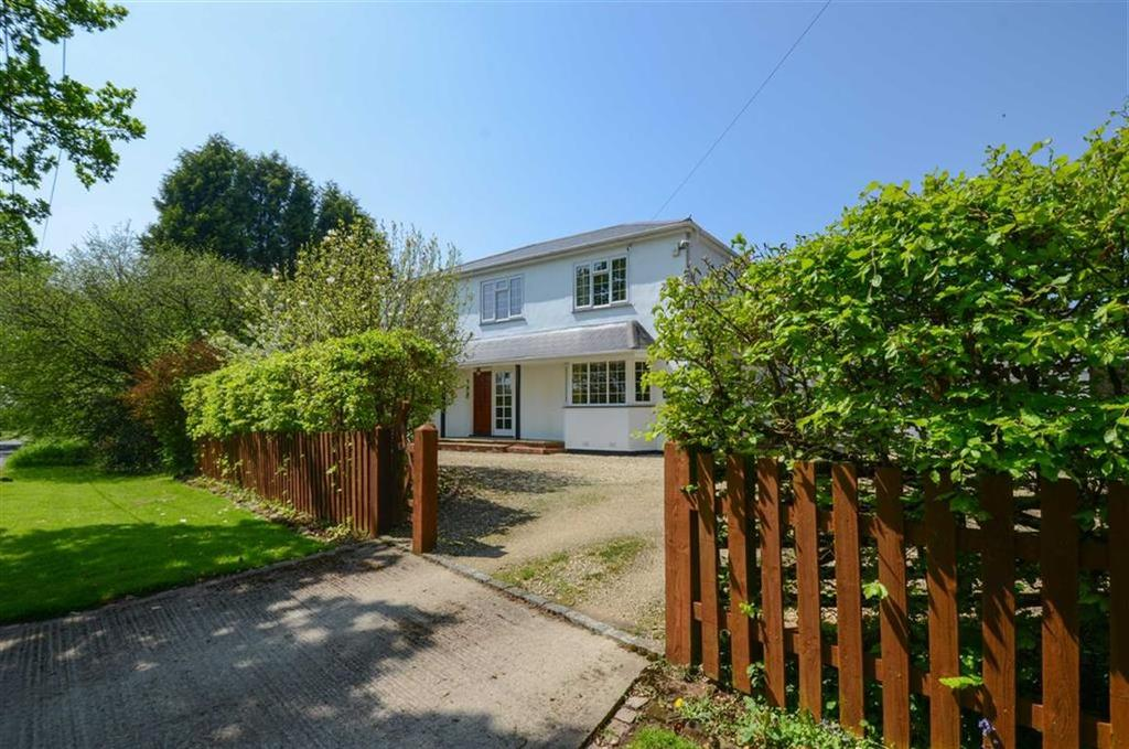 4 Bedrooms Detached House for sale in Fox Lane, Kidderminster, DY10