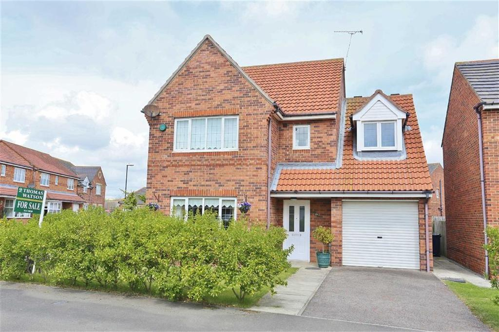 4 Bedrooms Detached House for sale in Highclere Drive, Tunstall, Sunderland, SR2