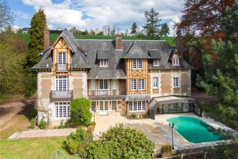 9 bedroom detached house  - Normandy Manor, Bernay, Calvados, Normandy