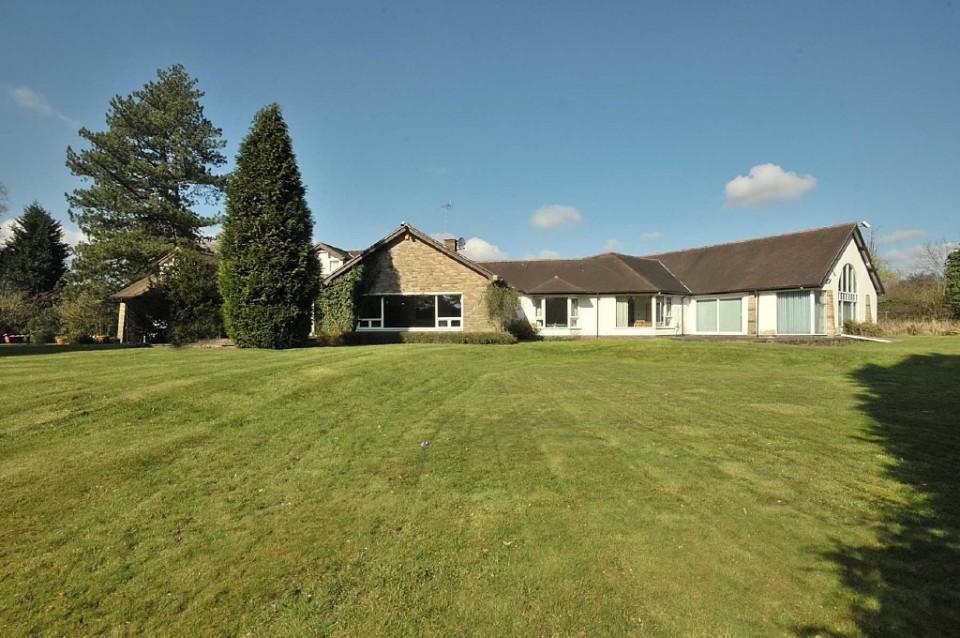 6 Bedrooms Detached Bungalow for sale in Davenport Lane, Mobberley