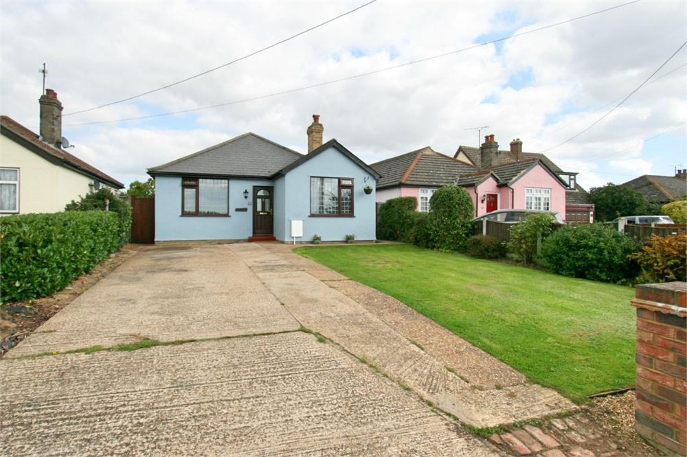 3 Bedrooms Detached Bungalow for sale in New Lane, Feering, Colchester, Essex
