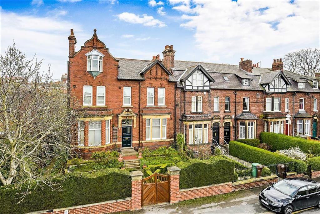 5 Bedrooms Semi Detached House for sale in Eastmoor Road, Wakefield, WF1