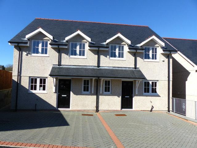 3 Bedrooms House for sale in Plas Newydd, Llanbedr, LL45