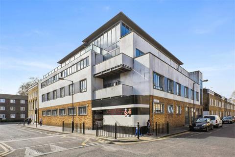 2 bedroom apartment to rent - Louisa Street, Stepney Green, E1