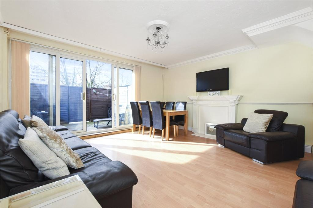 3 Bedrooms Maisonette Flat for sale in Fellows Court., Weymouth Terrace, London, E2