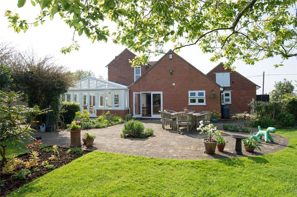 4 Bedrooms Detached House for sale in Plum Pudding Lane, Dargate, Faversham, Kent