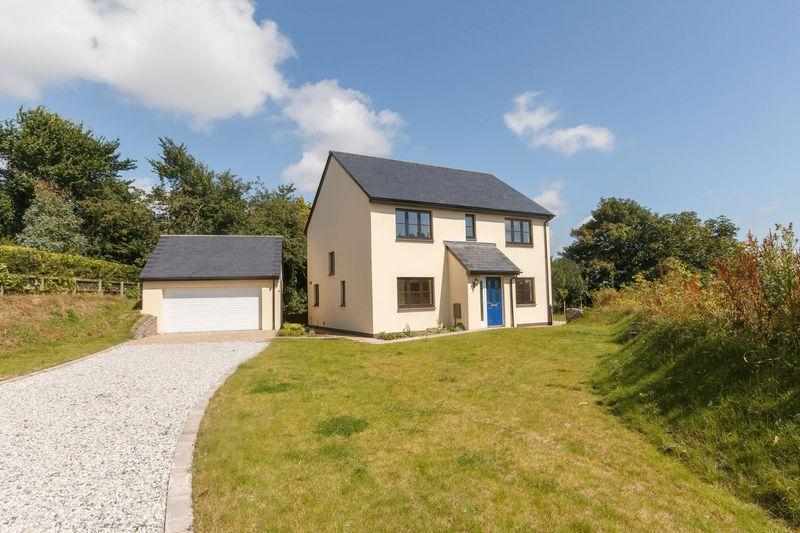 4 Bedrooms Detached House for sale in Webbs Orchard, North Tawton