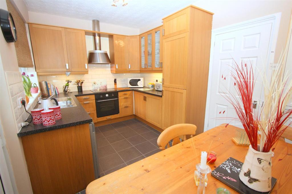 2 Bedrooms Terraced House for sale in Grey Street, Darlington
