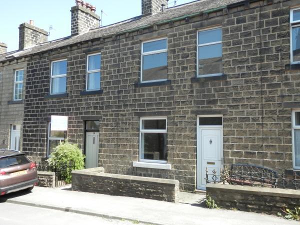 2 Bedrooms Terraced House for sale in Eastburn BD20