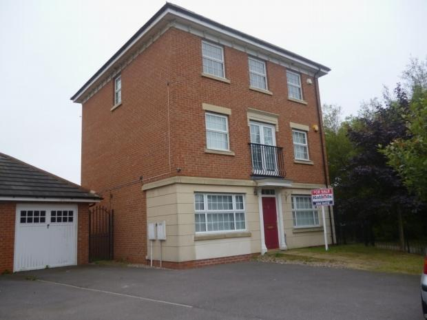 4 Bedrooms Detached House for sale in Sandhills Avenue Hamilton Leicester