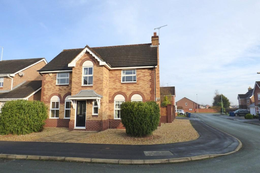 4 Bedrooms Detached House for sale in Rouse Close, Stafford