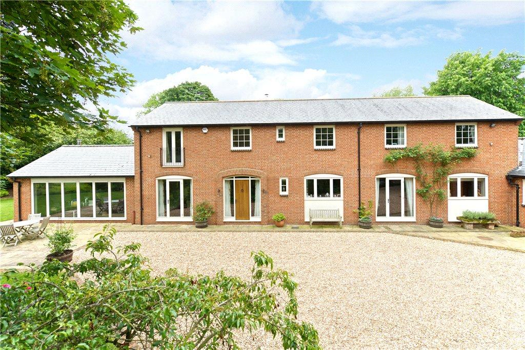 5 Bedrooms Detached House for sale in Hazelwood Lane, Ampthill, Bedfordshire