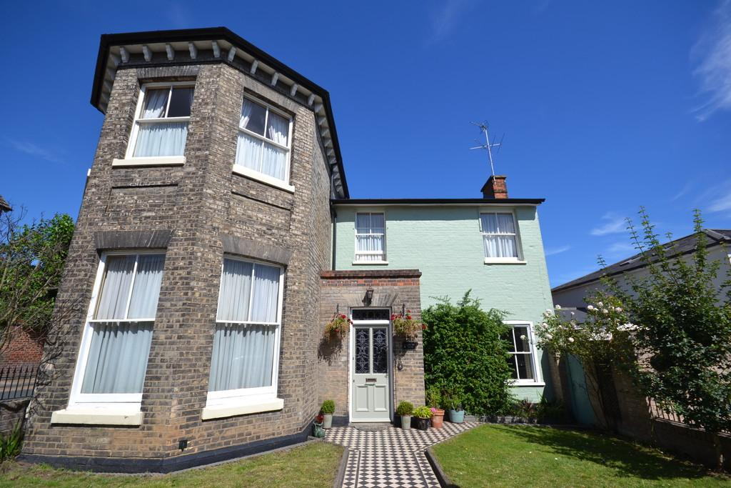3 Bedrooms Link Detached House for sale in Rawstorn Road, St Marys