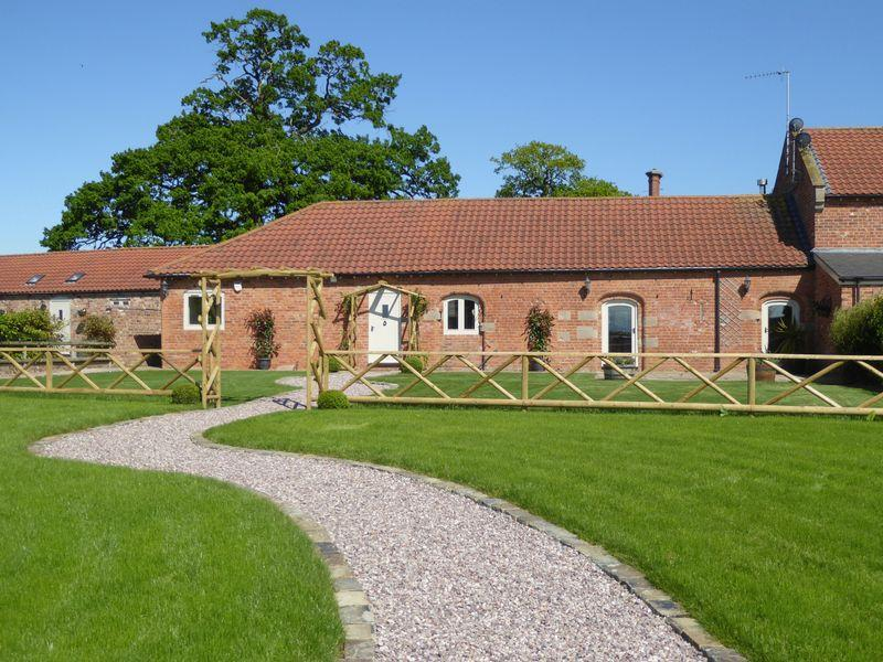 4 Bedrooms Terraced House for sale in Tilston, Malpas
