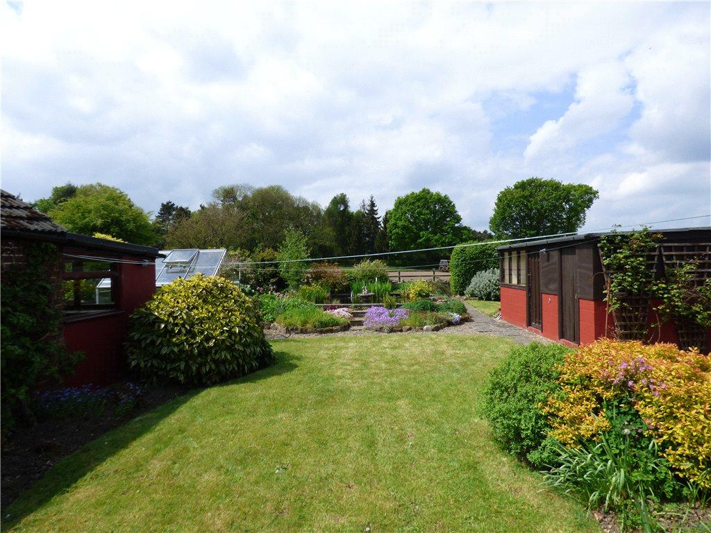 3 Bedrooms Detached Bungalow for sale in Scotton Grove, Knaresborough, North Yorkshire
