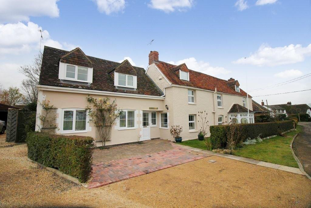 5 Bedrooms Detached House for sale in Longcot