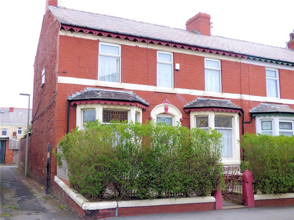 6 Bedrooms End Of Terrace House for sale in Sherbourne Road, North Shore, Blackpool
