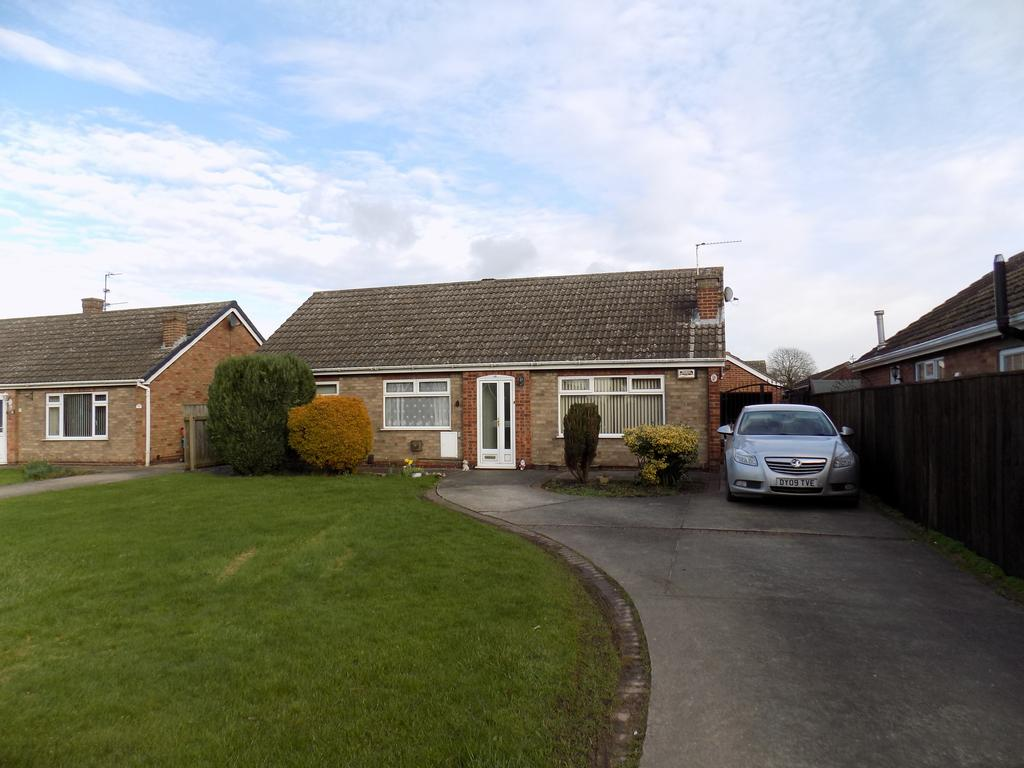 4 Bedrooms Detached Bungalow for sale in Hume Brae, Immingham DN40