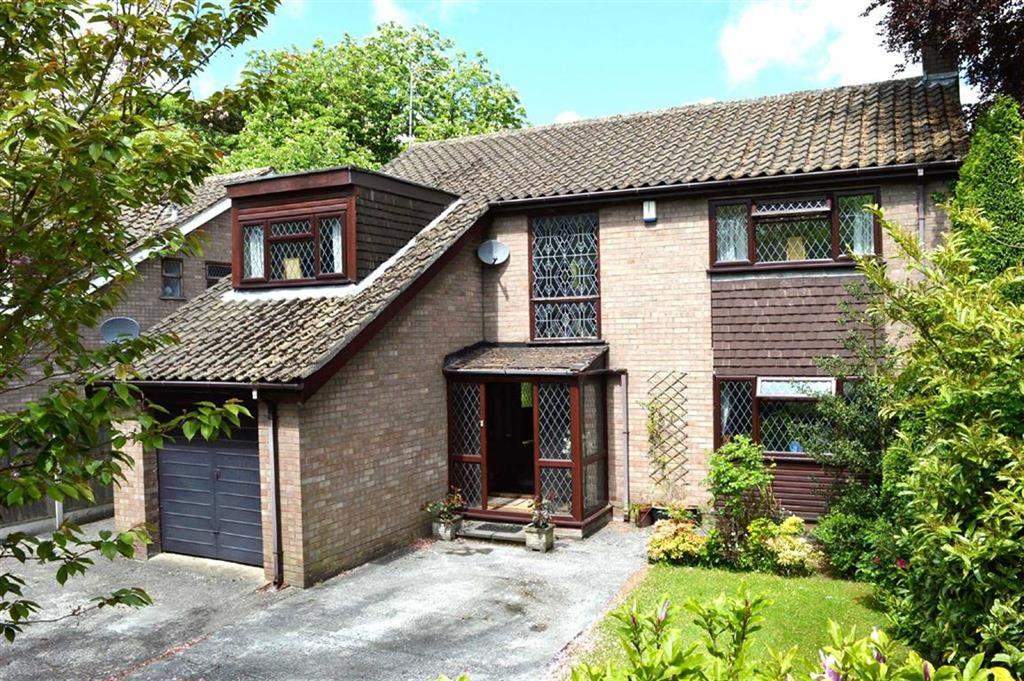 4 Bedrooms Detached House for sale in Hooton Way, CH66
