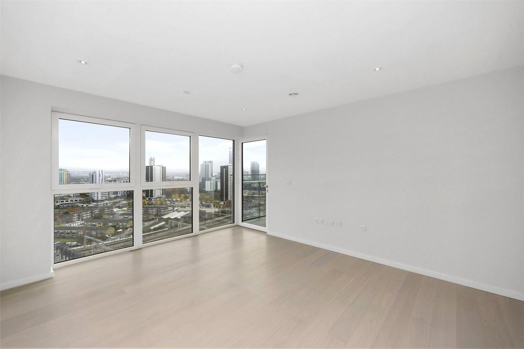 1 Bedroom Flat for sale in Glasshouse Gardens, Stratford, London, E20
