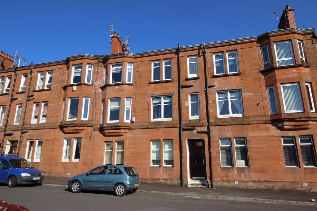 1 Bedroom Flat for sale in Flat 2/3 7 Gavinburn Place, Old Kilpatrick, G60 5JP